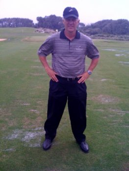 Golf Tip:  Bow to the Right Knee to Add Power to Your Golf Swing